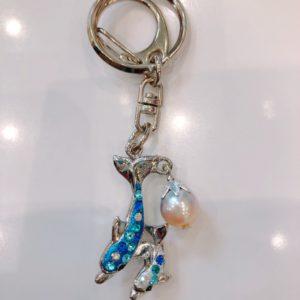 真珠付きアイルくんキーホルダー |